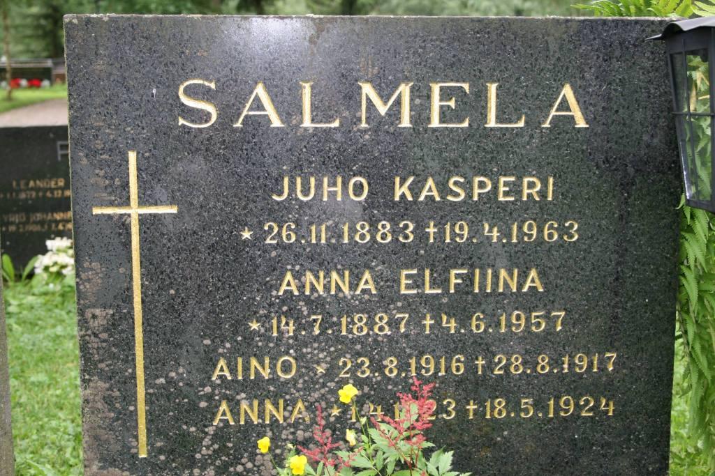 S-VK-1014W - Hauta Kasperi ja Fiina Salmela Vetelissä