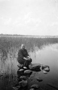 S-VK-1050W - Laina Salmela järvellä