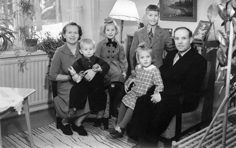 S-VK-1109W Sulon ja Siirin perhe 1951-12-01