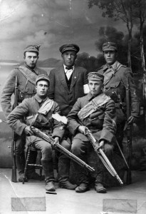 S-VK-S1010W Valkoisten sotilaat