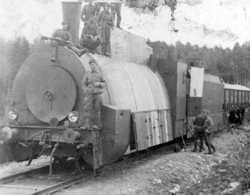 S-VK-S4205W Heimo Salmelan motittama ja valtaama panssarijuna