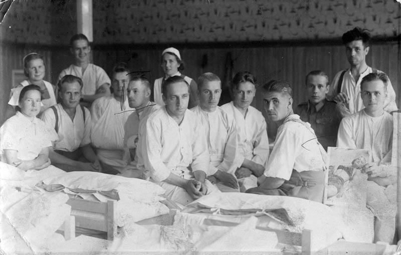 S-VK-S4206W Heimo Salmela sotilassairaalassa