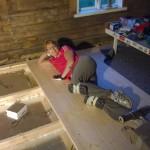 Hanna teki keittiön lattiat