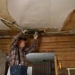 WP_20141128_003 Paavo ja keittiön katon sähköt